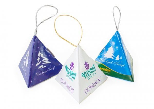 czekoladki w piramidkach
