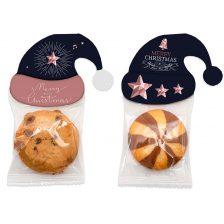 Cookie in Winter Hat 09.35